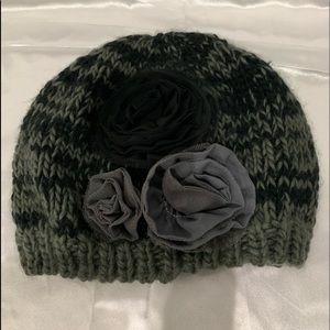 Grey/black beanie